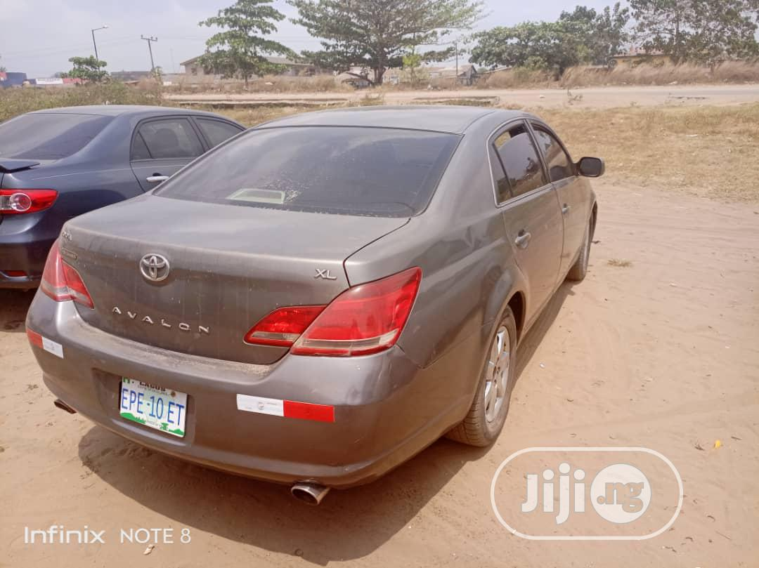 Toyota Avalon 2008 Gray | Cars for sale in Badagry, Lagos State, Nigeria