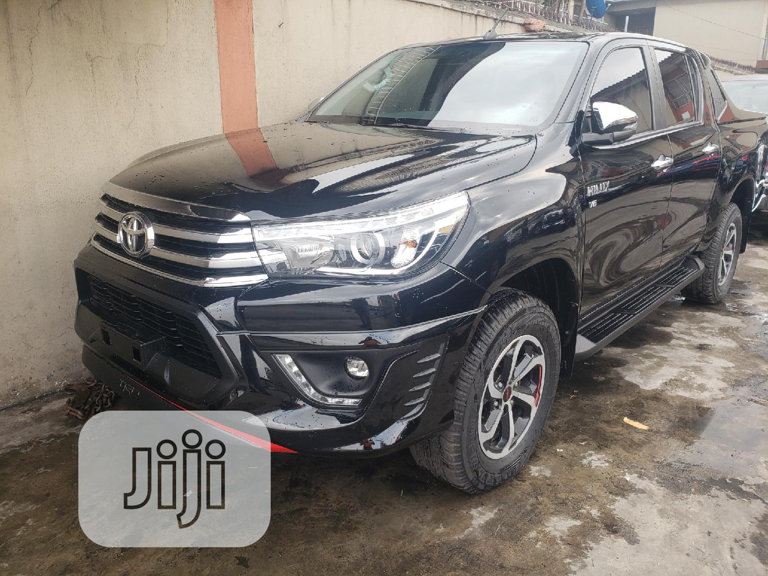 New Toyota Hilux 2020 Black | Cars for sale in Surulere, Lagos State, Nigeria