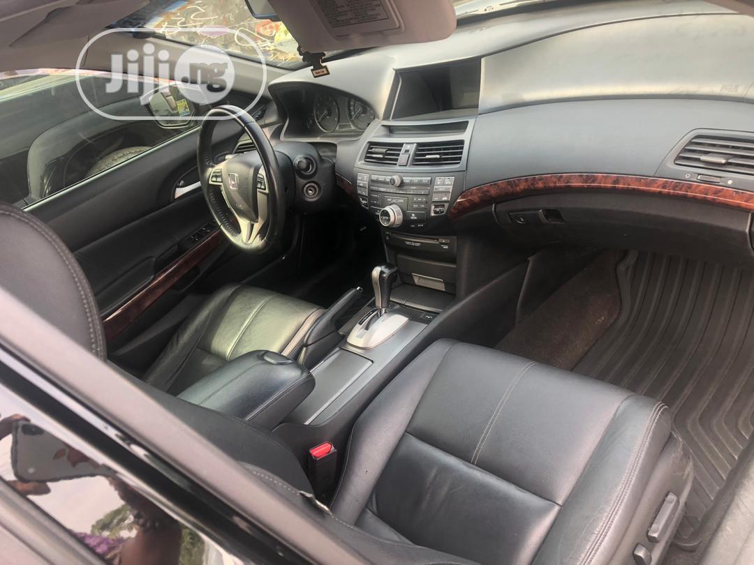 Archive: Honda Accord CrossTour 2012 EX-L Black