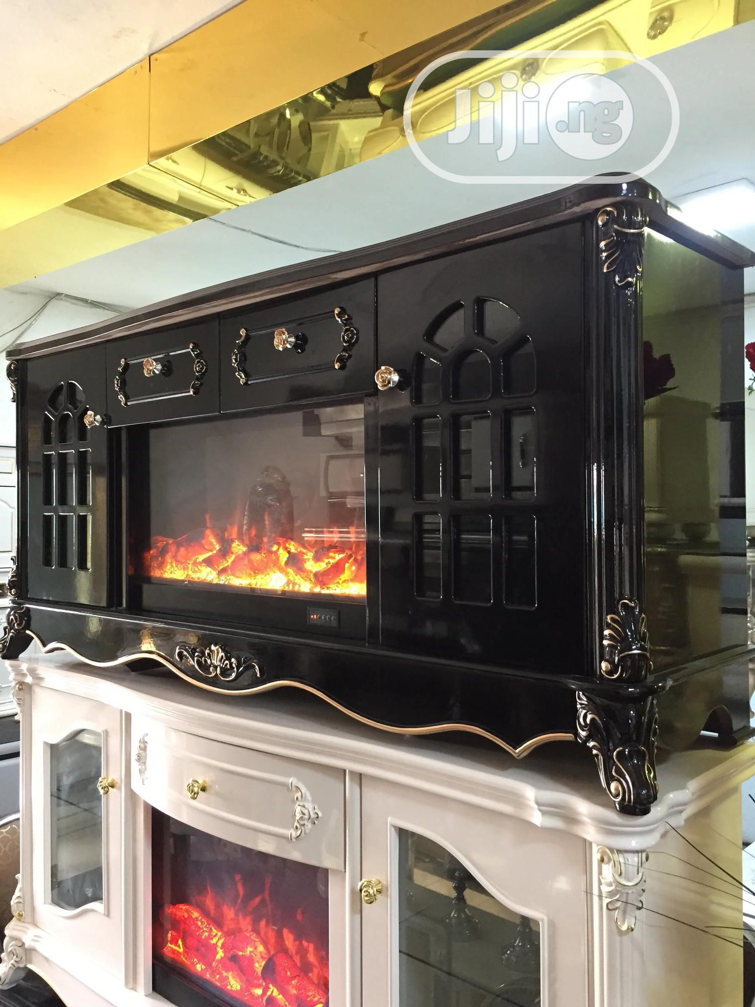 Orignal Fire Plate Tv Stand With Remote Controller