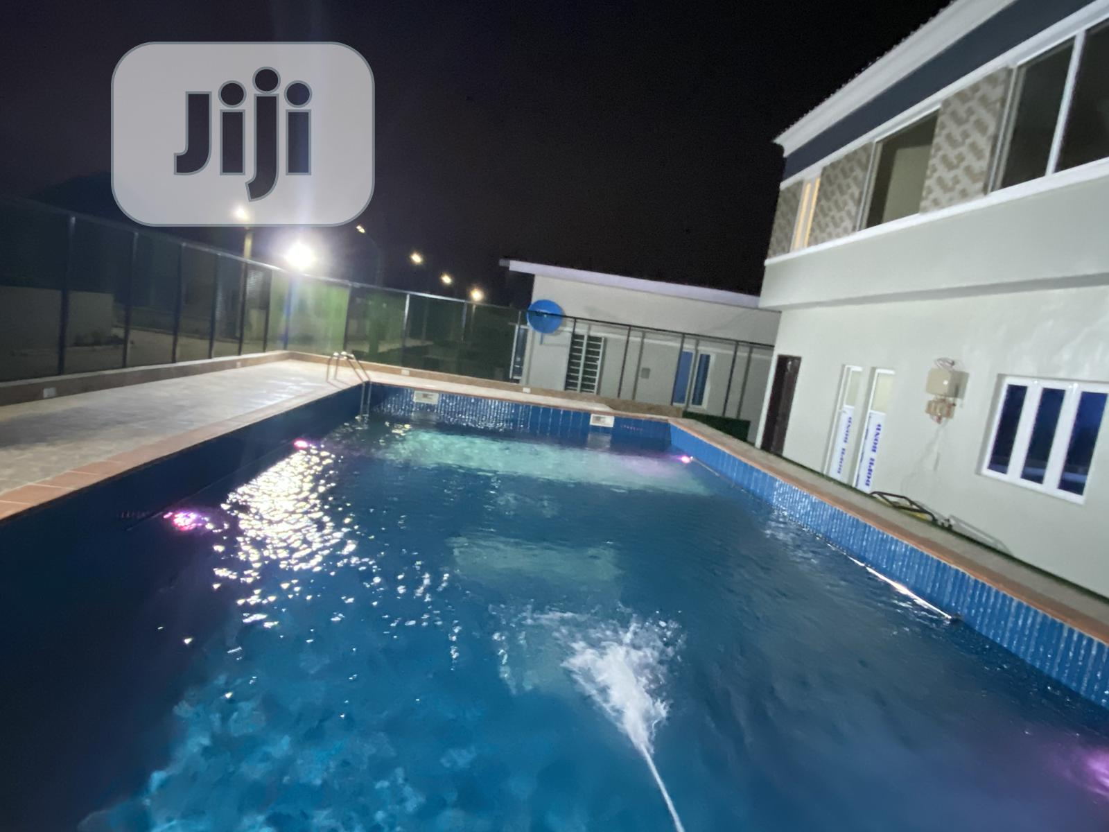 Archive: 3bedroom Fully Detached Bungalow