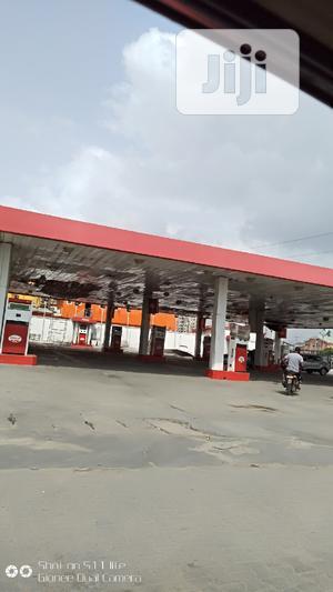 Petrol Station Having 12 Pumps And Shopping Complex At Lekki | Commercial Property For Sale for sale in Lekki, Lekki Expressway