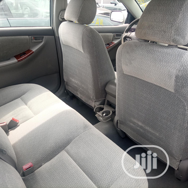 Archive: Toyota Corolla 2004 Sedan Automatic Silver