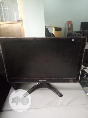 Samsung Monitor 22.5inchs | Computer Monitors for sale in Rivers State, Port-Harcourt