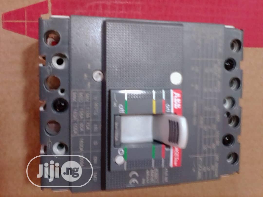 160A 4pole Mccb ABB Breaker