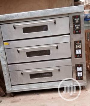 Slightly Used (Perfectly Working) 9 Tray High Quality Oven | Industrial Ovens for sale in Lagos State, Amuwo-Odofin