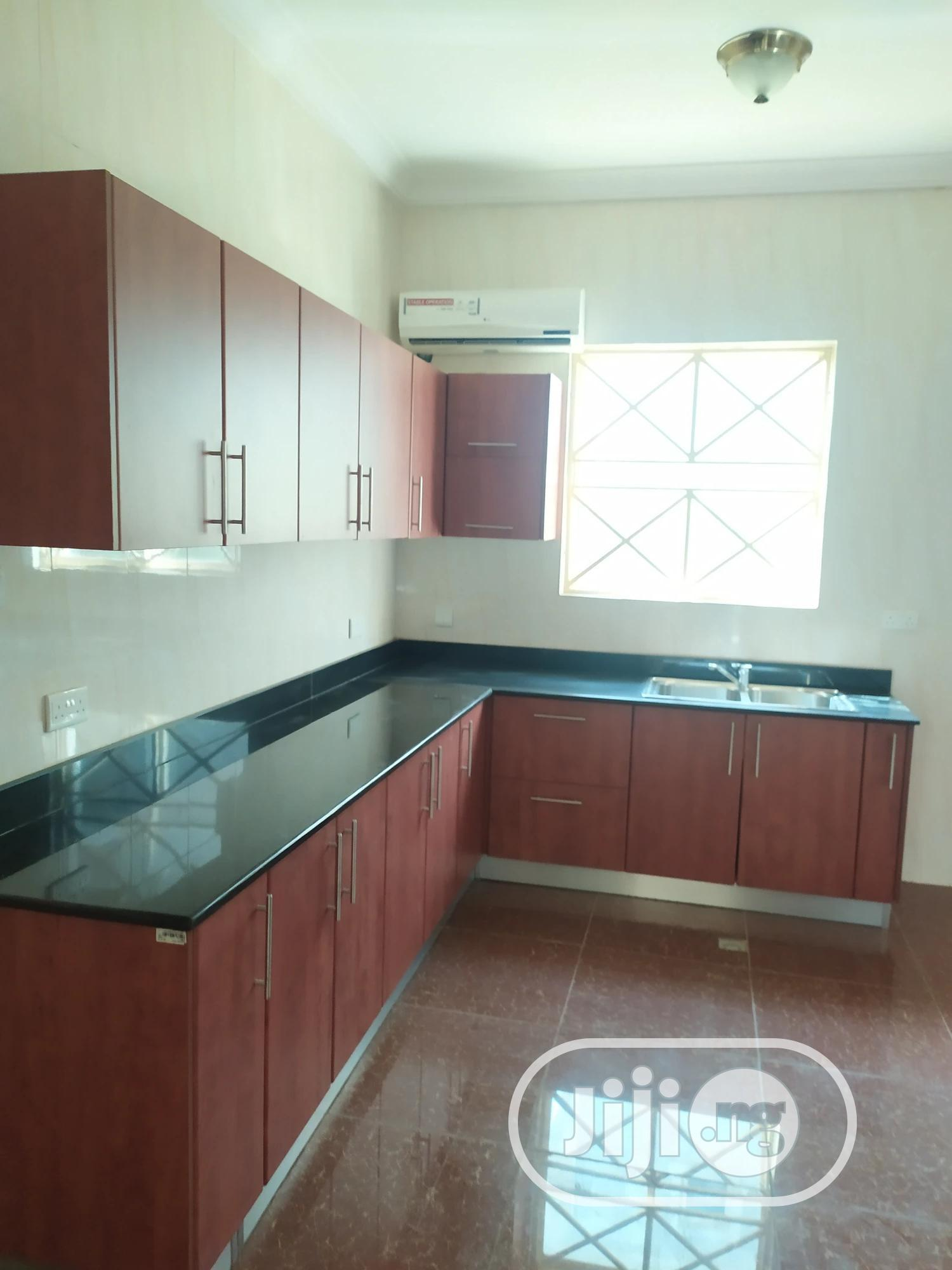 4 Bedroom Fully Detached Duplex   Houses & Apartments For Sale for sale in Durumi, Abuja (FCT) State, Nigeria