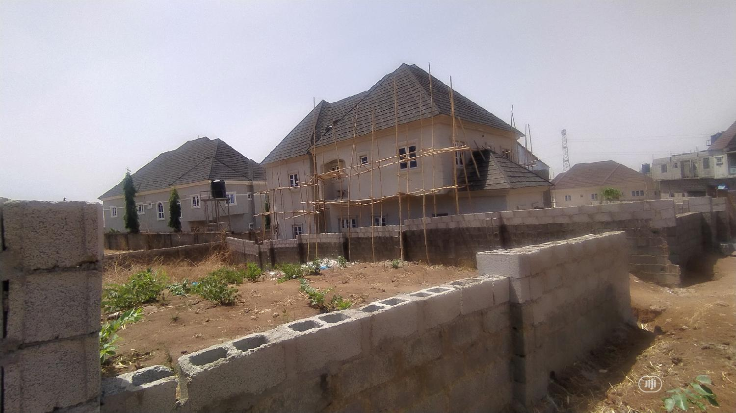 Buildable and Liveable Residential Plot of Land in Dawaki
