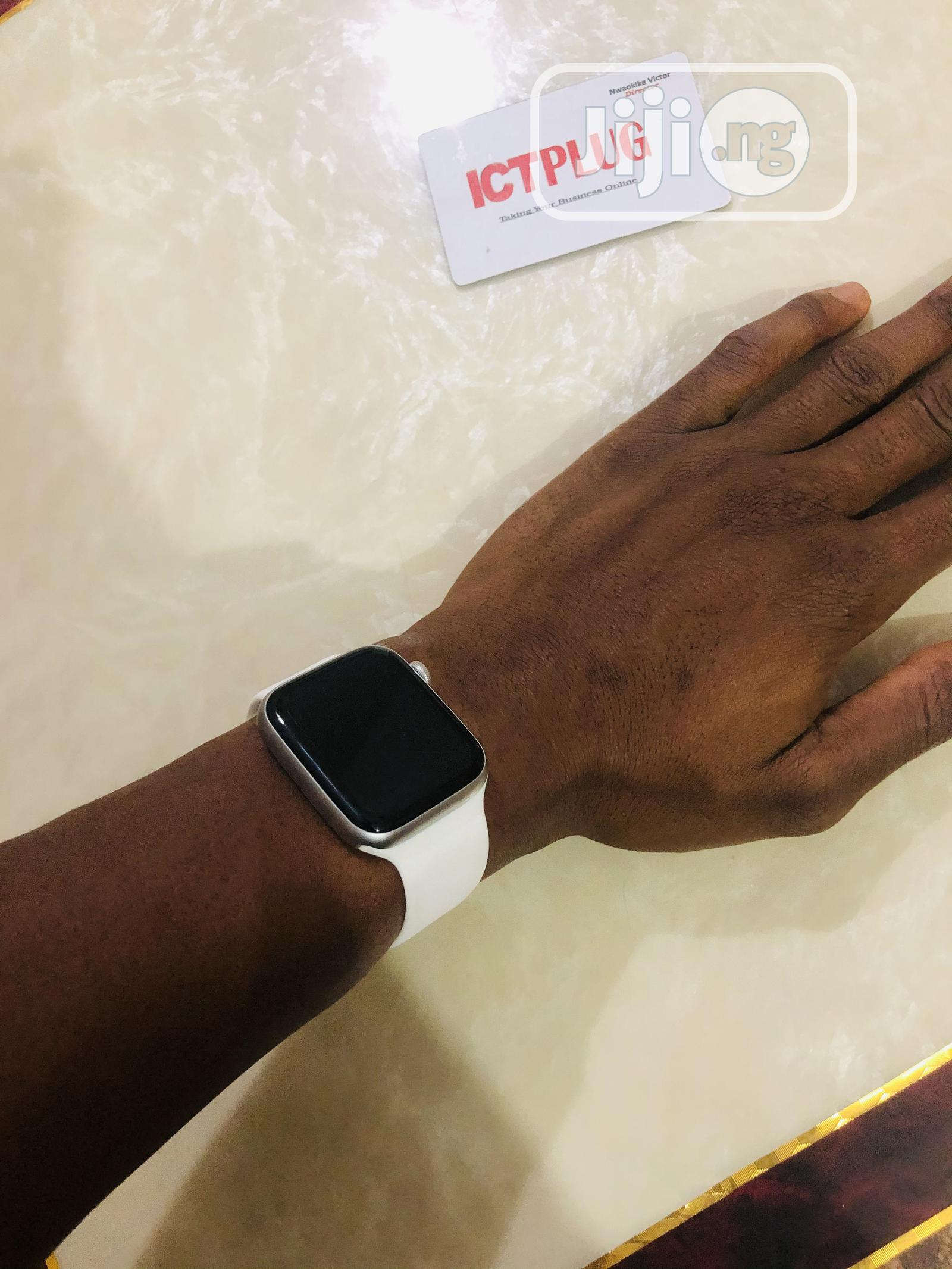 Series 6 Smart Watch   Smart Watches & Trackers for sale in Onitsha, Anambra State, Nigeria