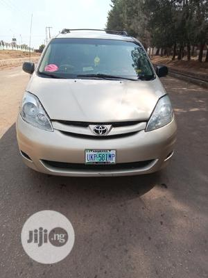 Toyota Sienna 2006 Gold   Cars for sale in Anambra State, Awka