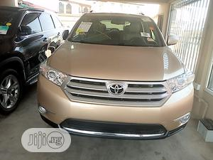 Toyota Highlander 2013 3.5L 4WD Gold   Cars for sale in Lagos State, Surulere