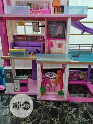 Neatly Used Barbie 3 Storey Doll House | Toys for sale in Lagos State, Lekki