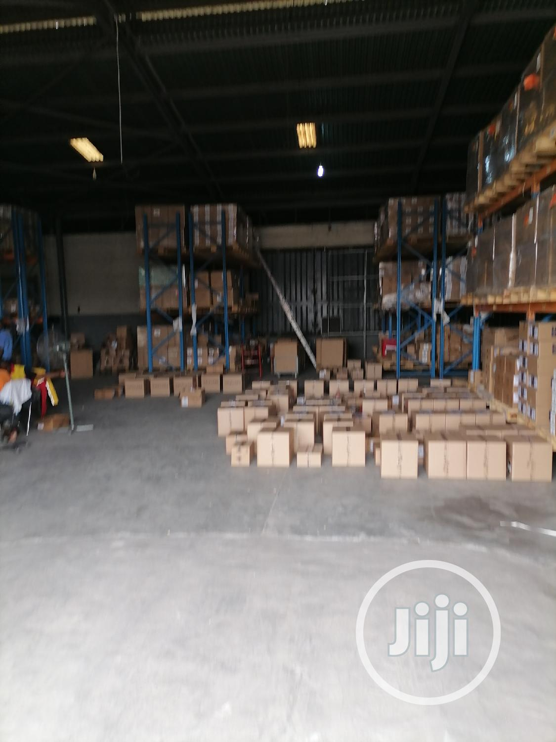 Archive: 1500 Sqm Warehouse for Lease in Acme Road Ikeja for 25m