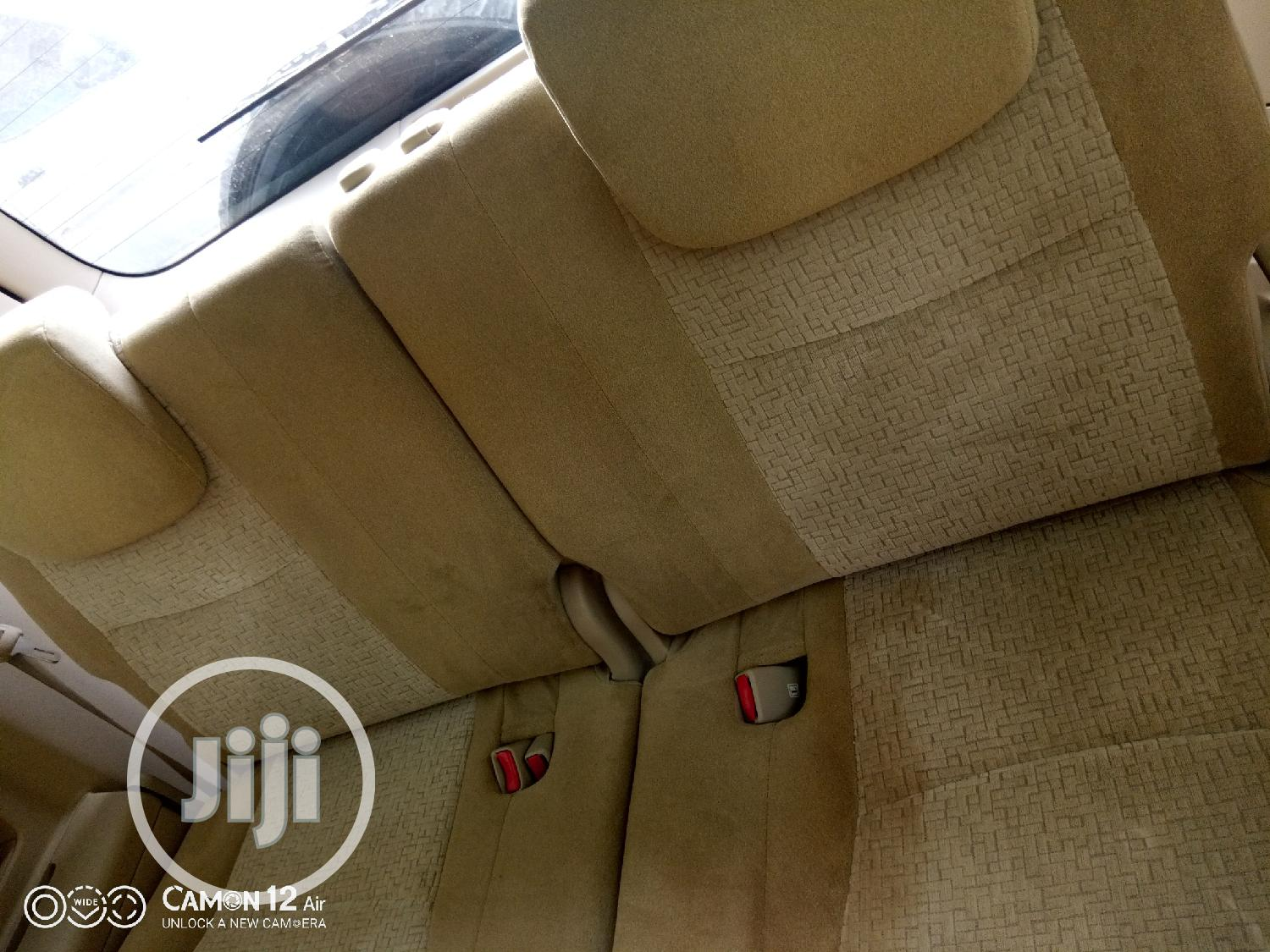 Toyota Land Cruiser Prado 2005 GXL Gold | Cars for sale in Oshodi, Lagos State, Nigeria