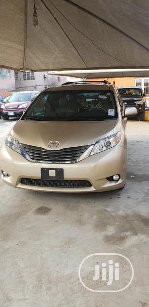 Toyota Sienna 2012 XLE 7 Passenger Mobility Gold | Cars for sale in Lagos State, Surulere