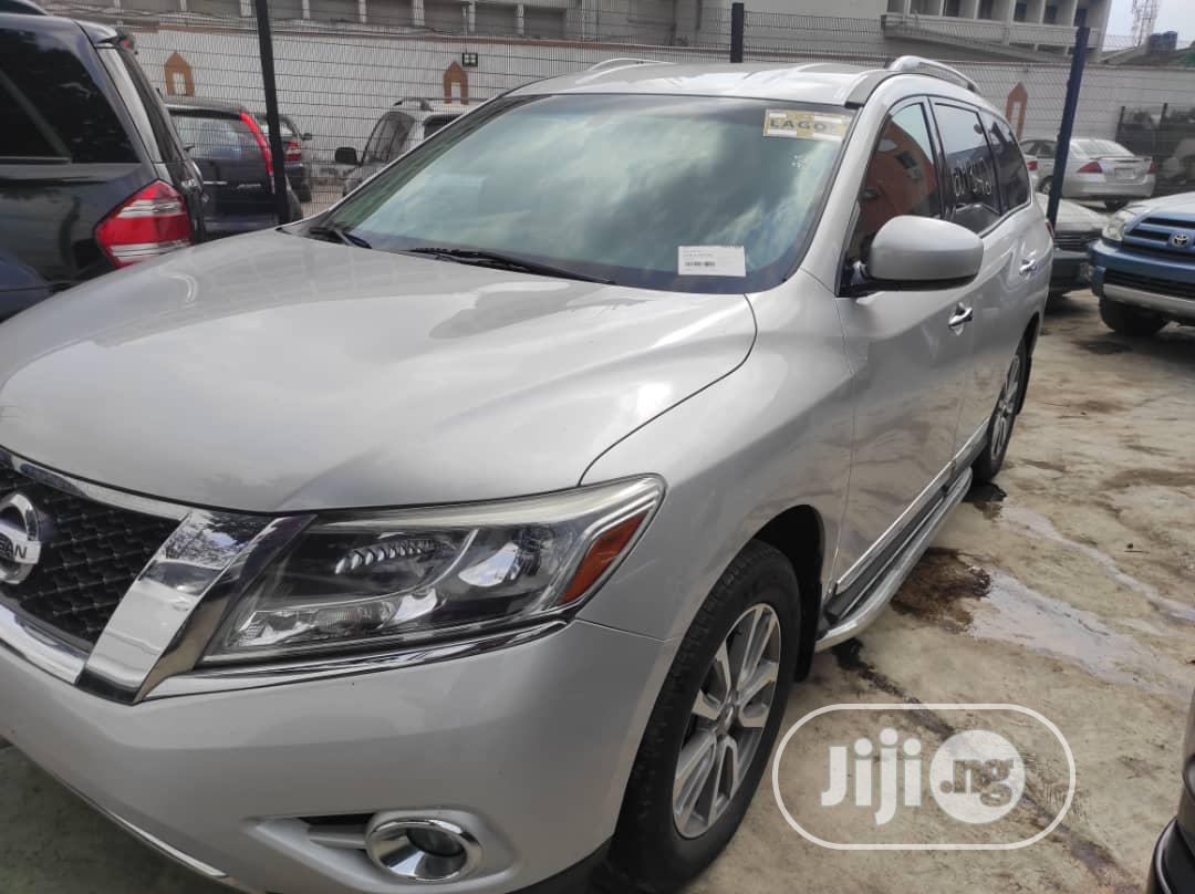 Nissan Pathfinder 2014 Silver | Cars for sale in Ogba, Lagos State, Nigeria