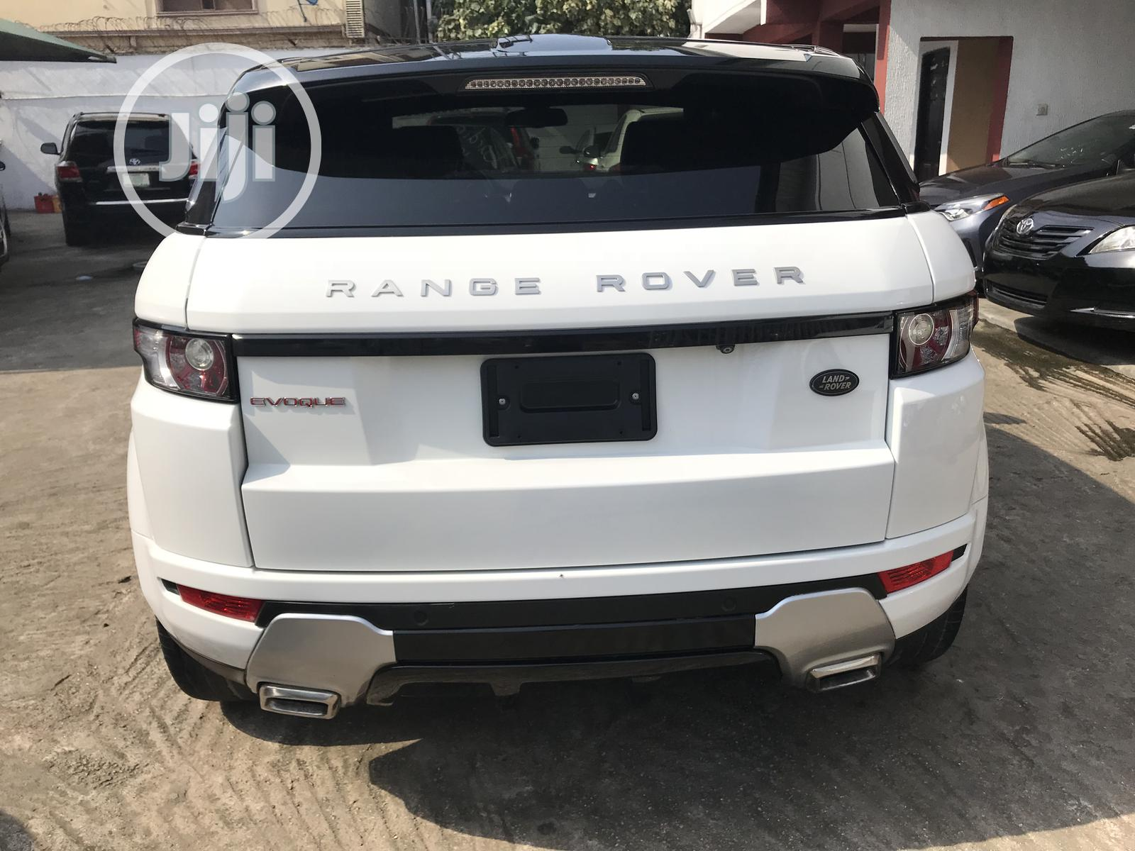 Archive: Land Rover Range Rover Evoque 2013 Pure AWD 5-Door White