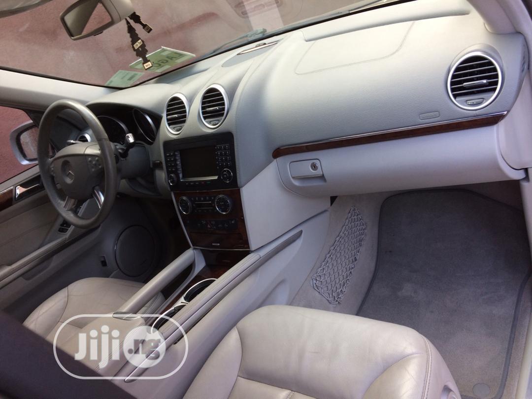 Archive: Mercedes-Benz GL Class 2007 GL 450 Gold
