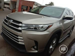 Toyota Highlander 2015 Gold | Cars for sale in Lagos State, Amuwo-Odofin