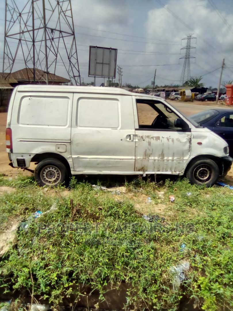 Tokunbo Nissan Bus From Spain 2009 White For Sale | Buses & Microbuses for sale in Benin City, Edo State, Nigeria