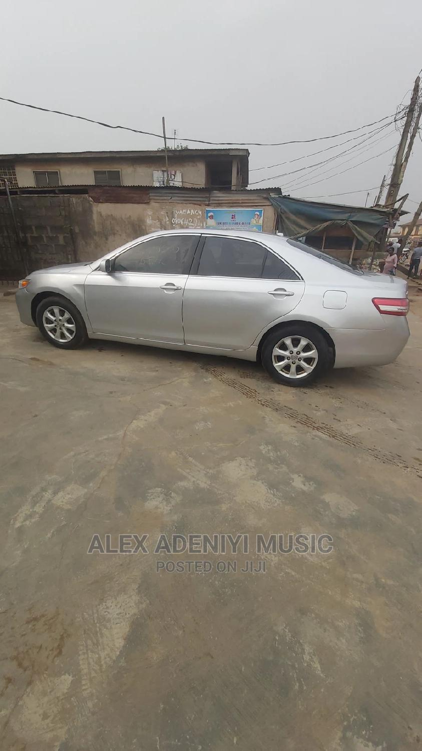 Toyota Camry 2011 Silver | Cars for sale in Ikotun/Igando, Lagos State, Nigeria