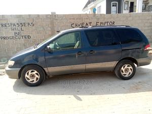 Toyota Sienna 2000 LE & 1 hatch Blue | Cars for sale in Lagos State, Ajah