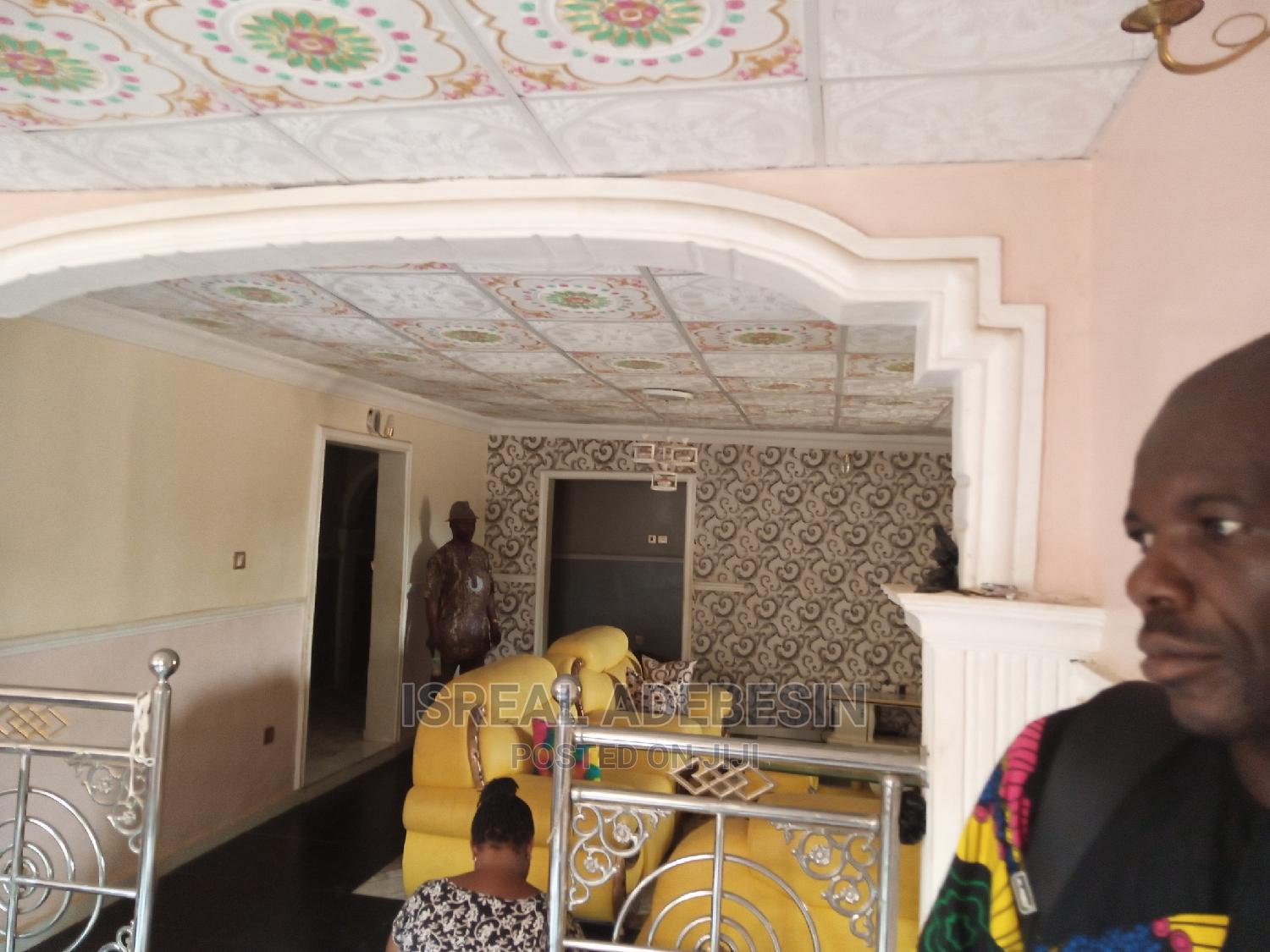 Executive 4bedroom Flat on a Full Plot of Land for Sale