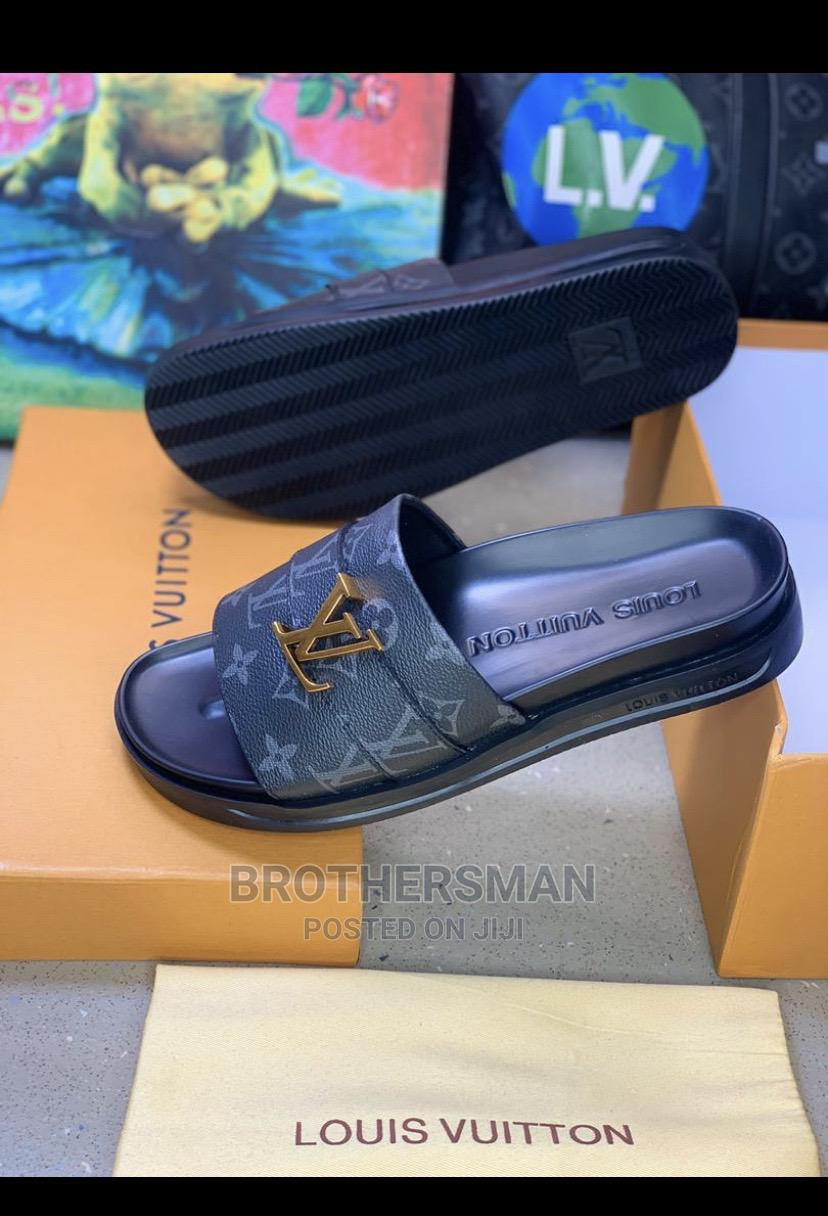 Louis Vuitton Slippers   Shoes for sale in Surulere, Lagos State, Nigeria
