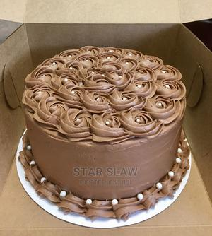 Fresh Chocolate Strawberry With Soft Cream Birthday Cake   Meals & Drinks for sale in Lagos State, Mushin