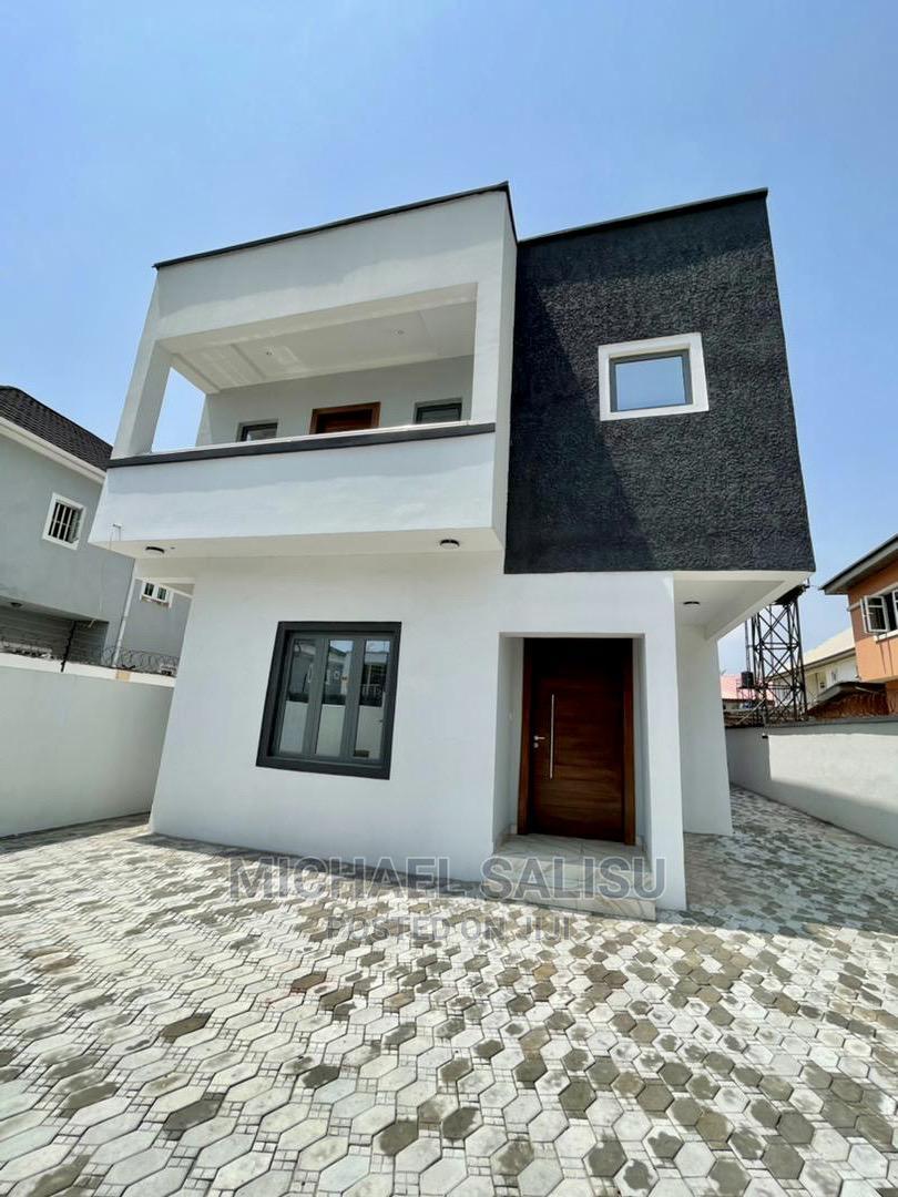 5 Bedroom Fully Detached Duplex at Lekki Phase 1 for Sale