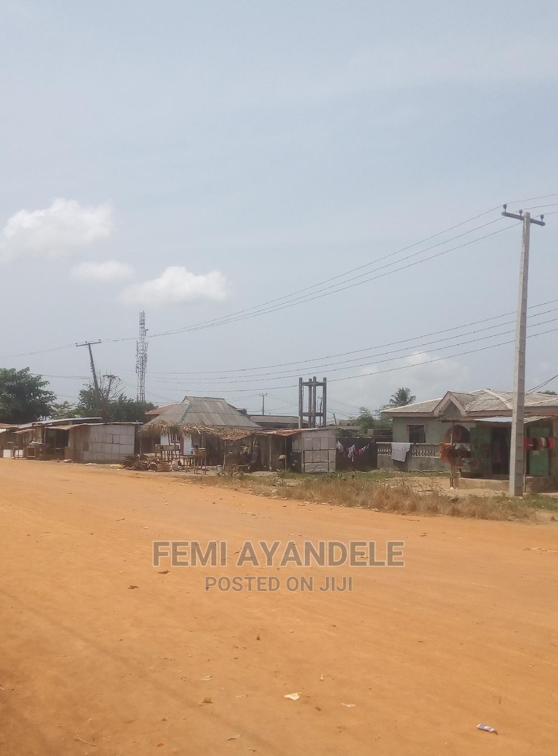 Four Plot of Land for Sale Along the Road | Land & Plots For Sale for sale in Igbogbo, Ikorodu, Nigeria