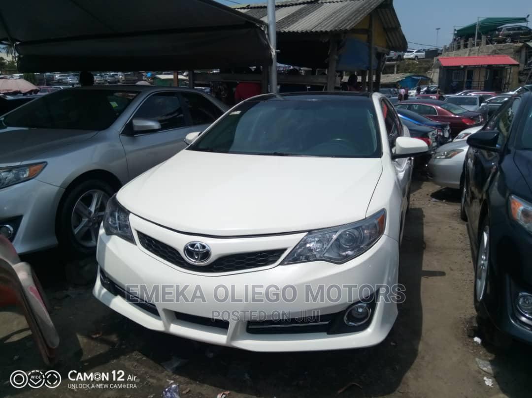 Toyota Camry 2012 White