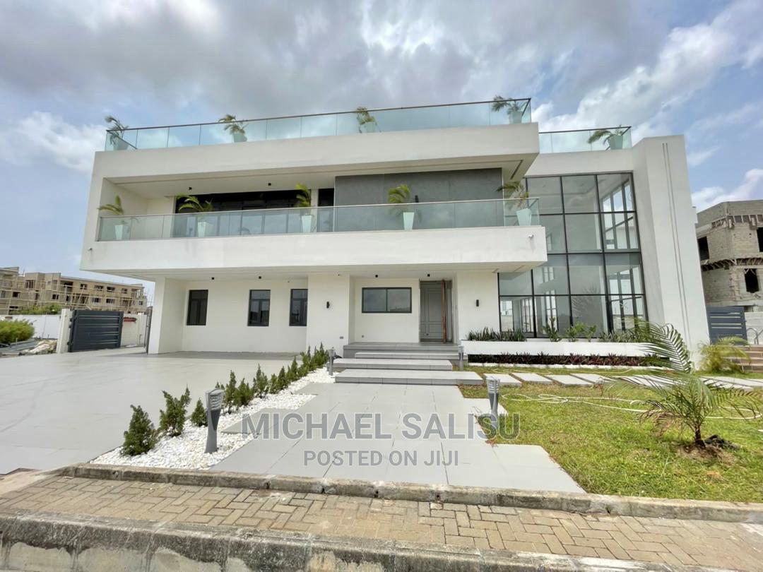 Luxury 6 Bedroom Oceanview Mansion at Banana Island for Sale