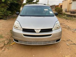 Toyota Sienna 2005 LE AWD Silver | Cars for sale in Lagos State, Yaba