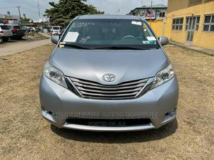 Toyota Sienna 2011 Silver   Cars for sale in Lagos State, Amuwo-Odofin