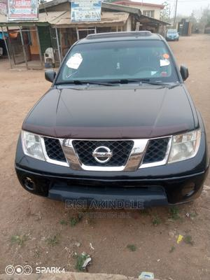 Nissan Frontier 2006 Crew Cab LE Black | Cars for sale in Oyo State, Ibadan
