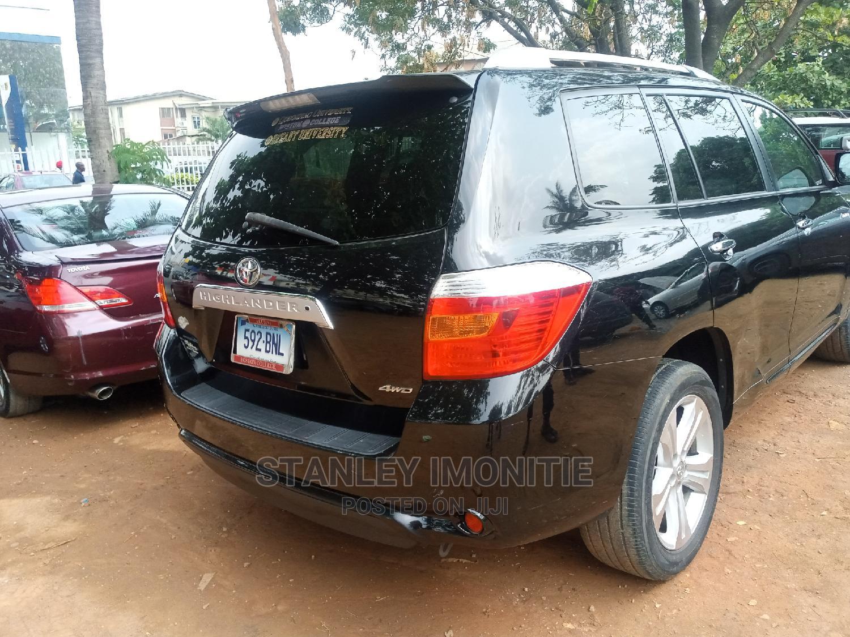 Archive: Toyota Highlander 2011 Limited Black