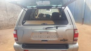 Nissan Pathfinder 2003 LE AWD SUV (3.5L 6cyl 4A) Silver | Cars for sale in Lagos State, Isolo