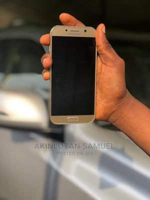 Samsung Galaxy A5 32 GB Gold   Mobile Phones for sale in Ondo State, Akure