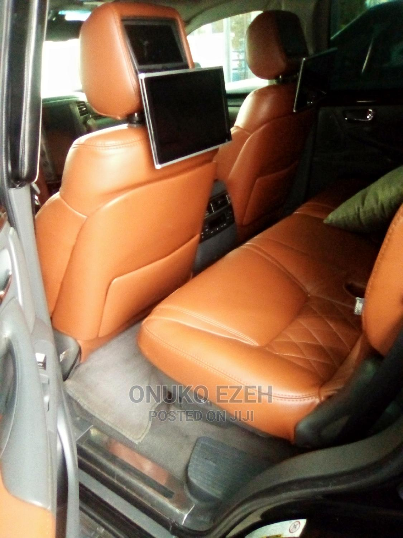 Archive: Lexus LX 2010 Black
