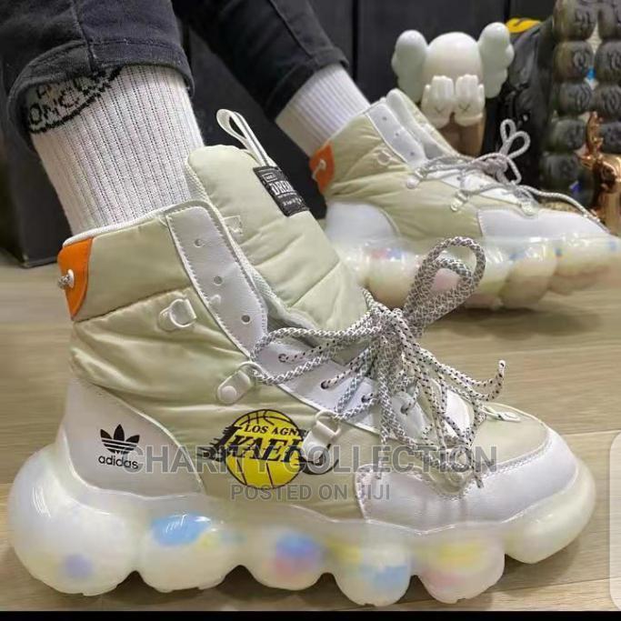 Men's Adidas Canvas Shoe