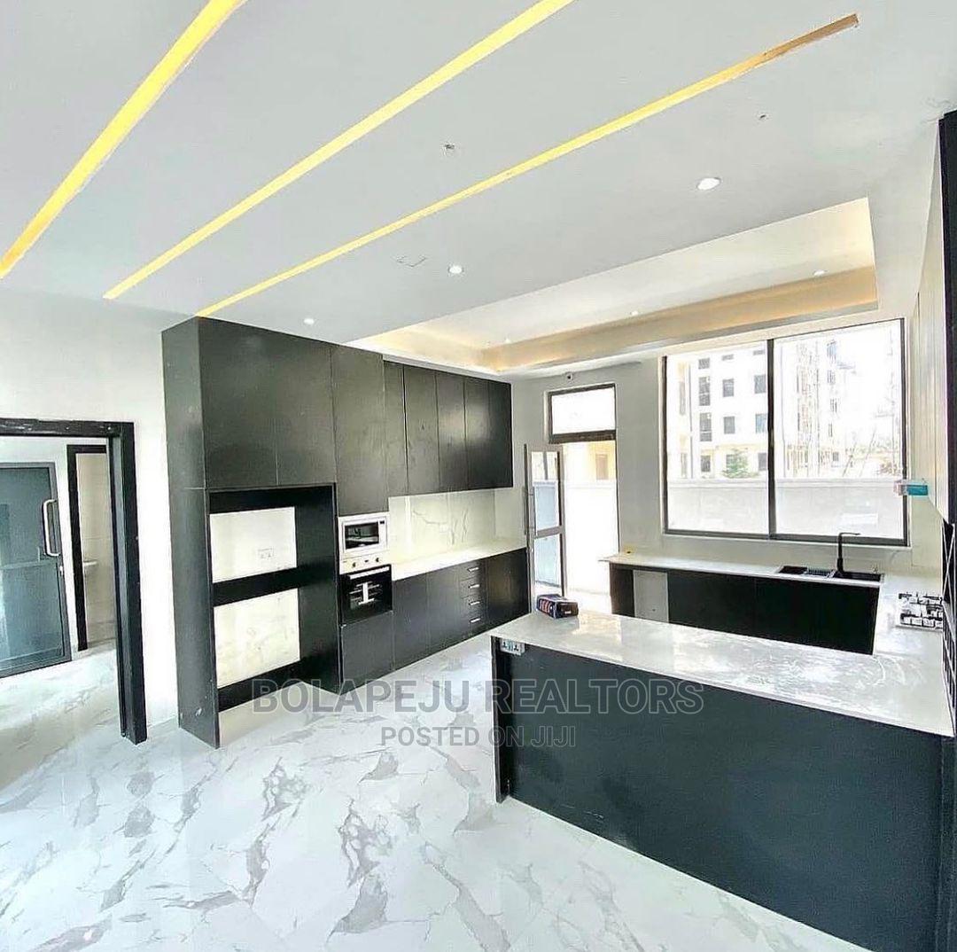 5 Bedroom Detached Duplex With a Bq at Ikota Lekki | Houses & Apartments For Sale for sale in Ikota, Lekki, Nigeria