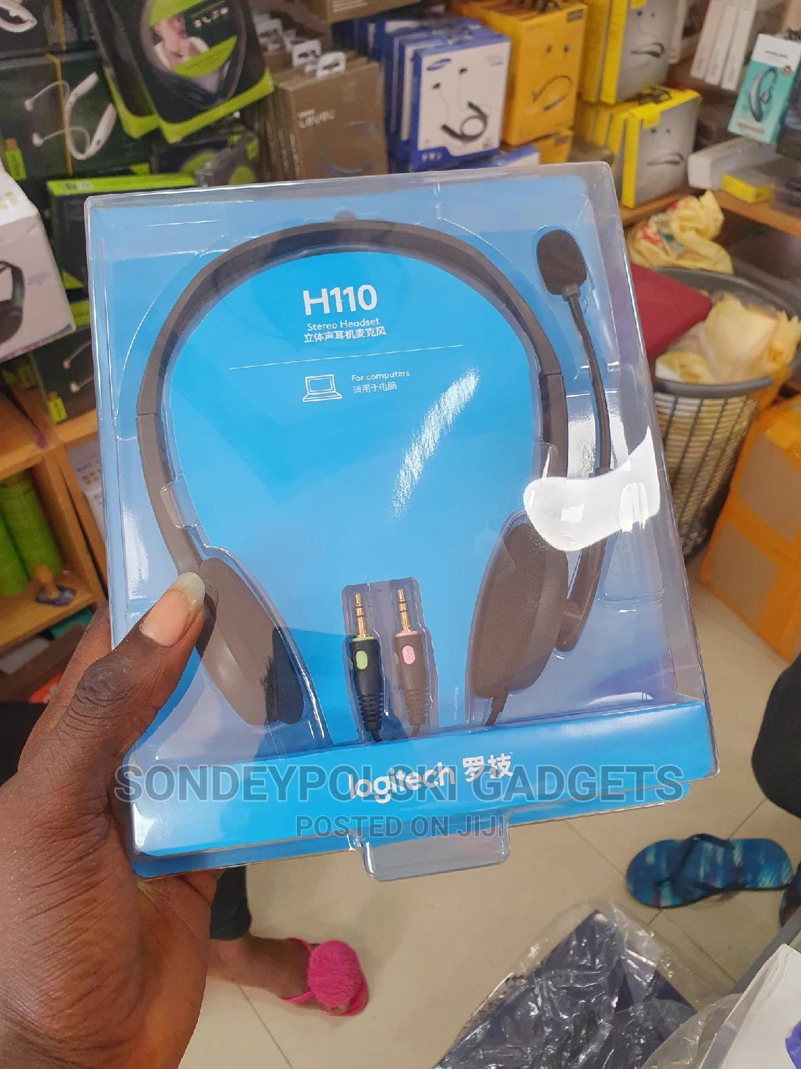 Logitech Stereo Headset H110 Noise Cancelling Microphone