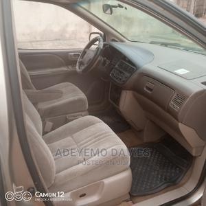 Toyota Sienna 2001 Gold | Cars for sale in Lagos State, Ikorodu