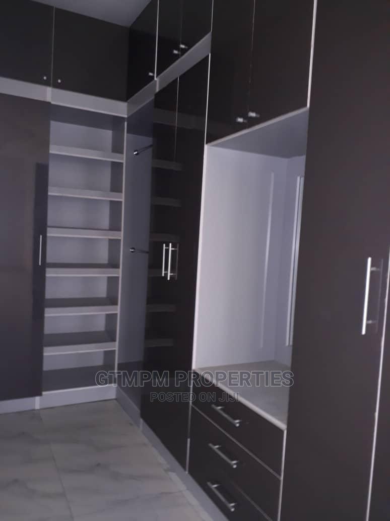 Archive: 4bedroom Semi Detached Duplex