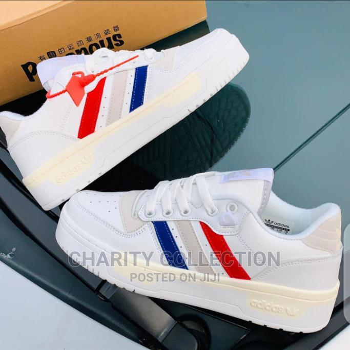 Men's Adidas Canvas Shoes