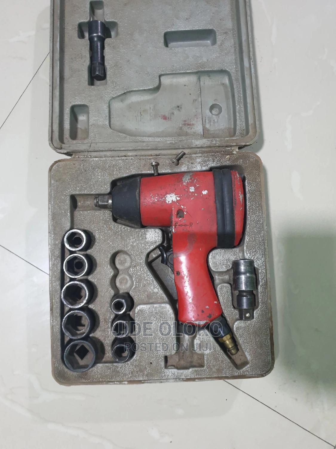 Pnematic Impact Wrench
