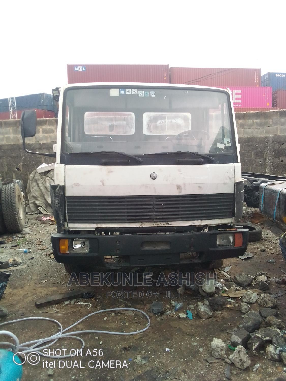 Archive: Mercedes Benz Truck 814