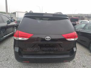 Toyota Sienna 2012 LE 7 Passenger Black | Cars for sale in Abuja (FCT) State, Kubwa