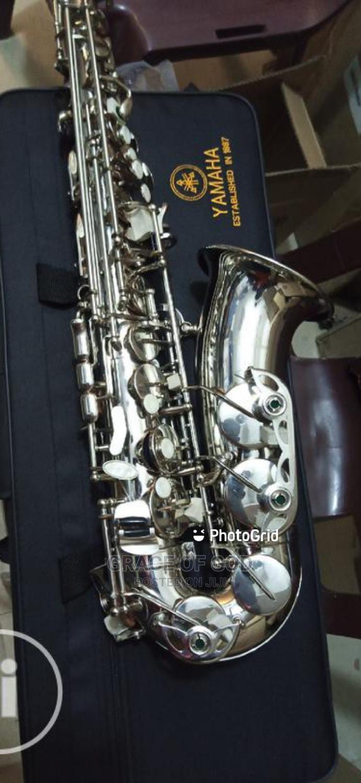 Professional Yamaha Silver Saxophone